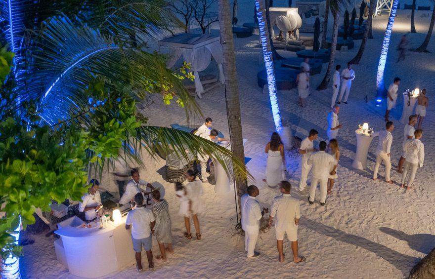 finolhu 148 880x565 - REVIEW - Finolhu : Ocean Pool Villa