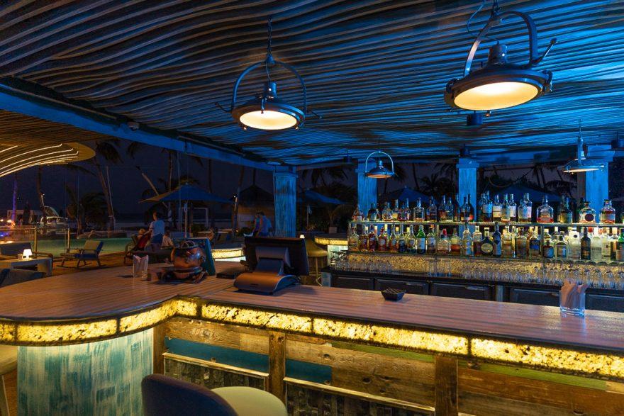finolhu 175 880x587 - REVIEW - Finolhu : Ocean Pool Villa