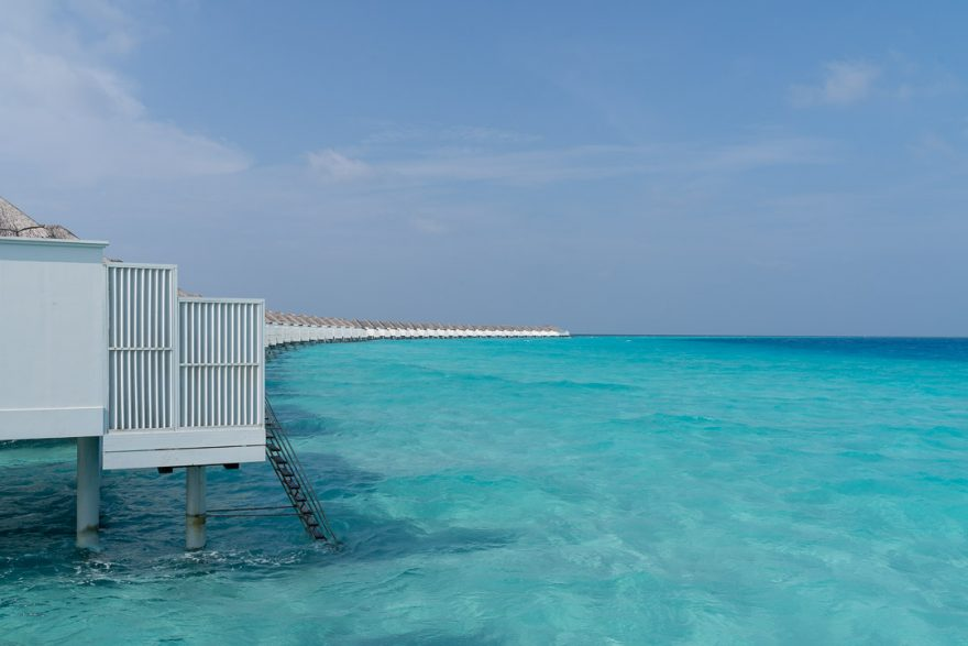 finolhu 39 880x587 - REVIEW - Finolhu : Ocean Pool Villa