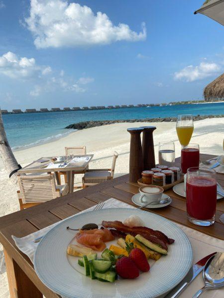 waldorf astoria maldives dining 26 450x600 - REVIEW - Waldorf Astoria Maldives Ithaafushi : King Reef Villa & King Ocean Villa
