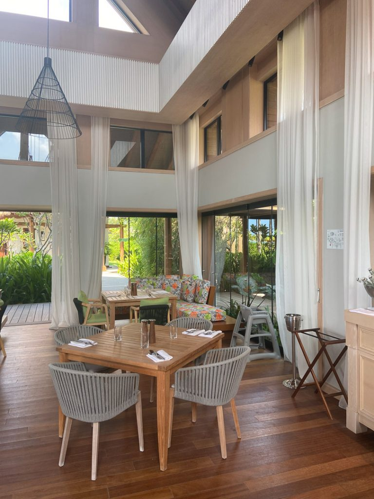 waldorf astoria maldives dining 3 768x1024 - REVIEW - Waldorf Astoria Maldives Ithaafushi : King Reef Villa & King Ocean Villa