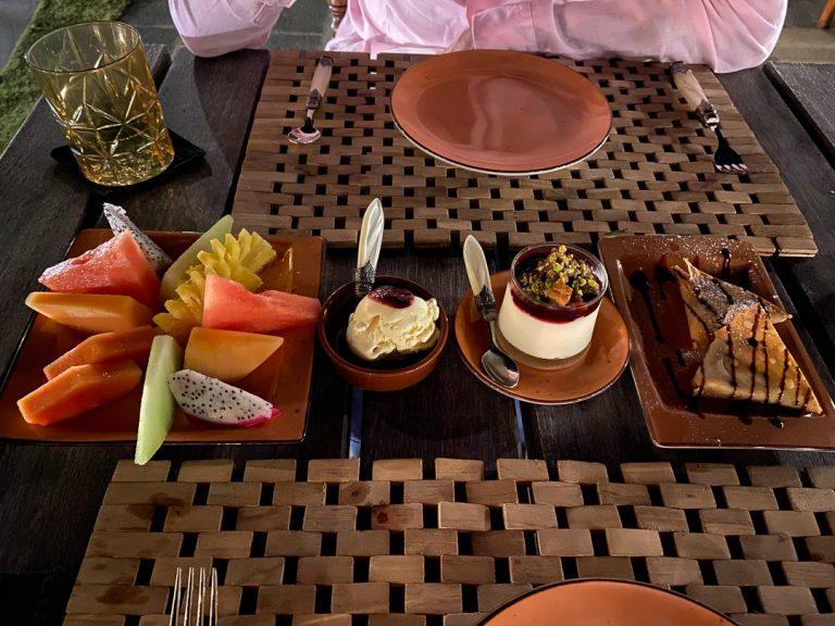 waldorf astoria maldives dining 80 768x576 - REVIEW - Waldorf Astoria Maldives Ithaafushi : King Reef Villa & King Ocean Villa