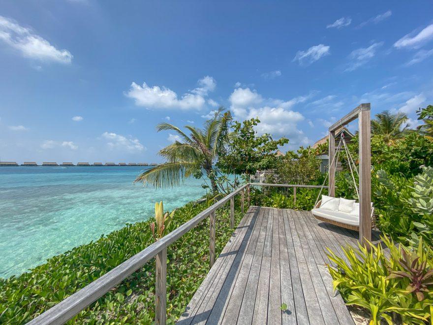 waldorf astoria maldives public spaces 24 880x660 - REVIEW - Waldorf Astoria Maldives Ithaafushi : King Reef Villa & King Ocean Villa