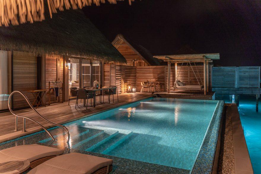 waldorf astoria maldives room 91 880x587 - REVIEW - Waldorf Astoria Maldives Ithaafushi : King Reef Villa & King Ocean Villa
