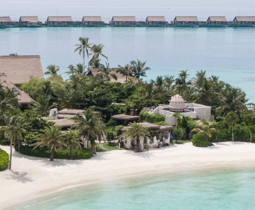 waldorf maldives yasmeen 1 880x727 - REVIEW - Waldorf Astoria Maldives Ithaafushi : King Reef Villa & King Ocean Villa
