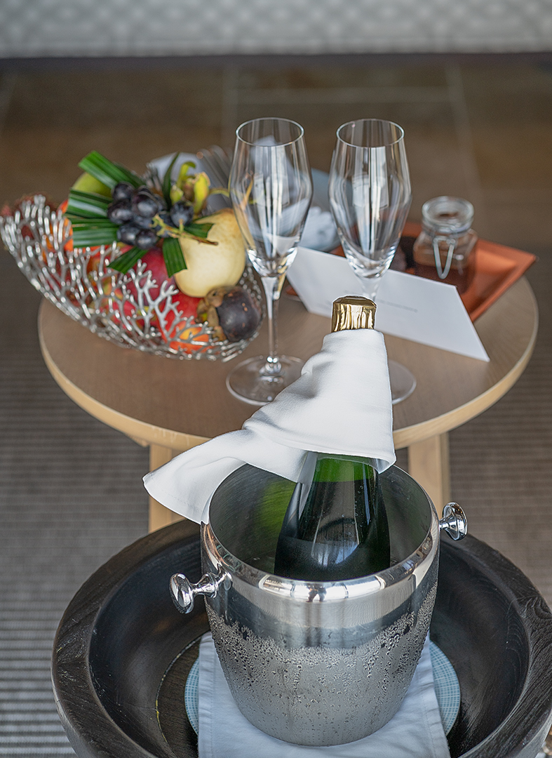 welcome amenity - How to get luxury hotels cheap