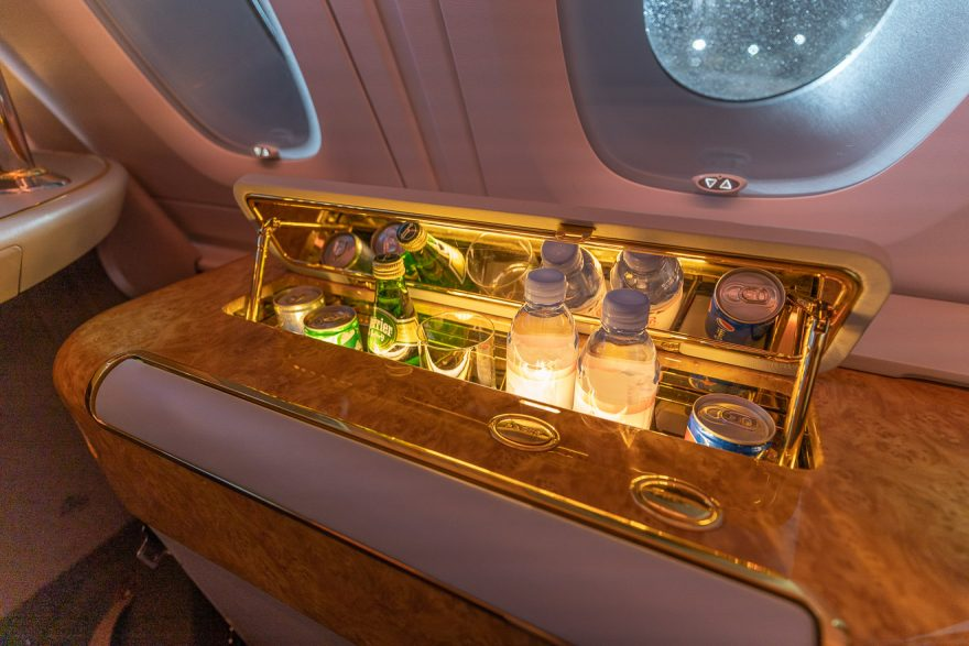 EK A380 F LGW DXB 12 880x587 - REVIEW - Emirates : First Class - A380 - London (LGW) to Dubai (DXB)