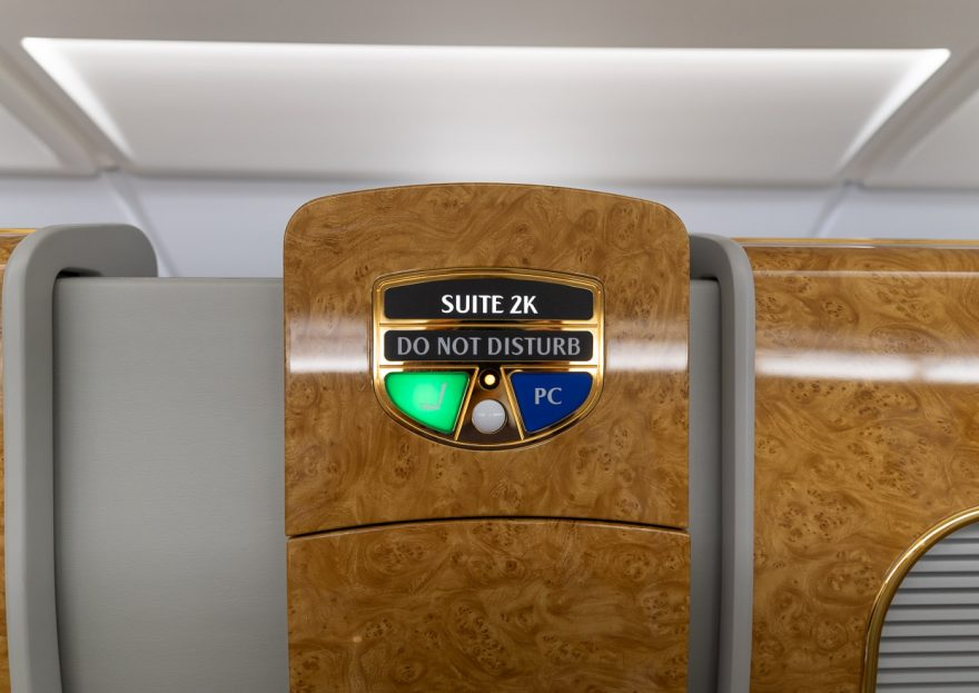 EK A380 F LGW DXB 6 880x623 - REVIEW - Emirates : First Class - A380 - London (LGW) to Dubai (DXB)