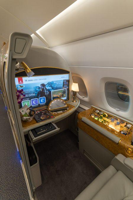 EK A380 F LGW DXB 8 450x675 - REVIEW - Emirates : First Class - A380 - London (LGW) to Dubai (DXB)
