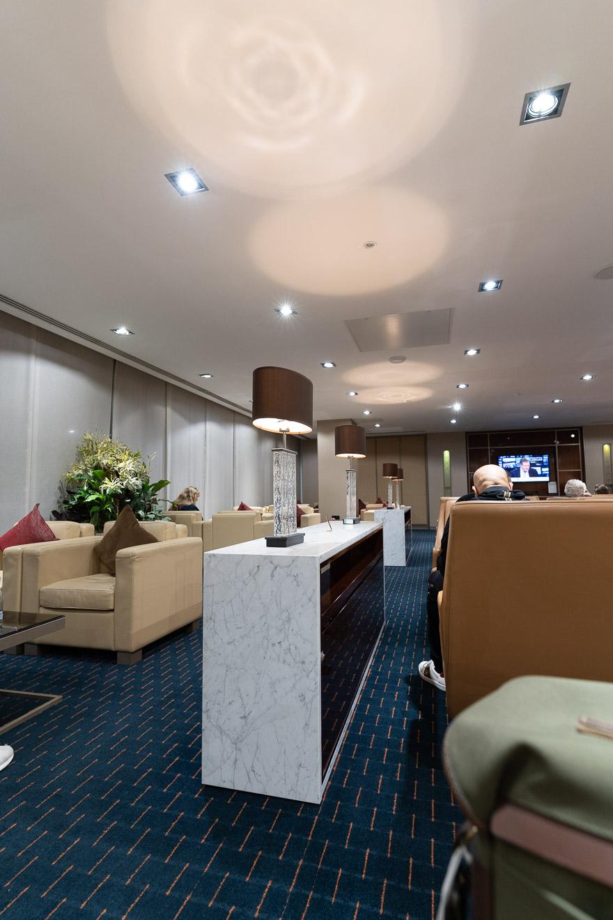 EK LGW lounge 22 - REVIEW - Emirates Lounge - London (LGW)