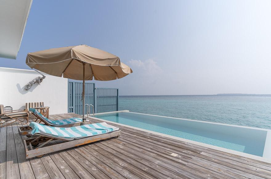 Amilla 75 - REVIEW - Amilla : Sunset Water Pool Villa