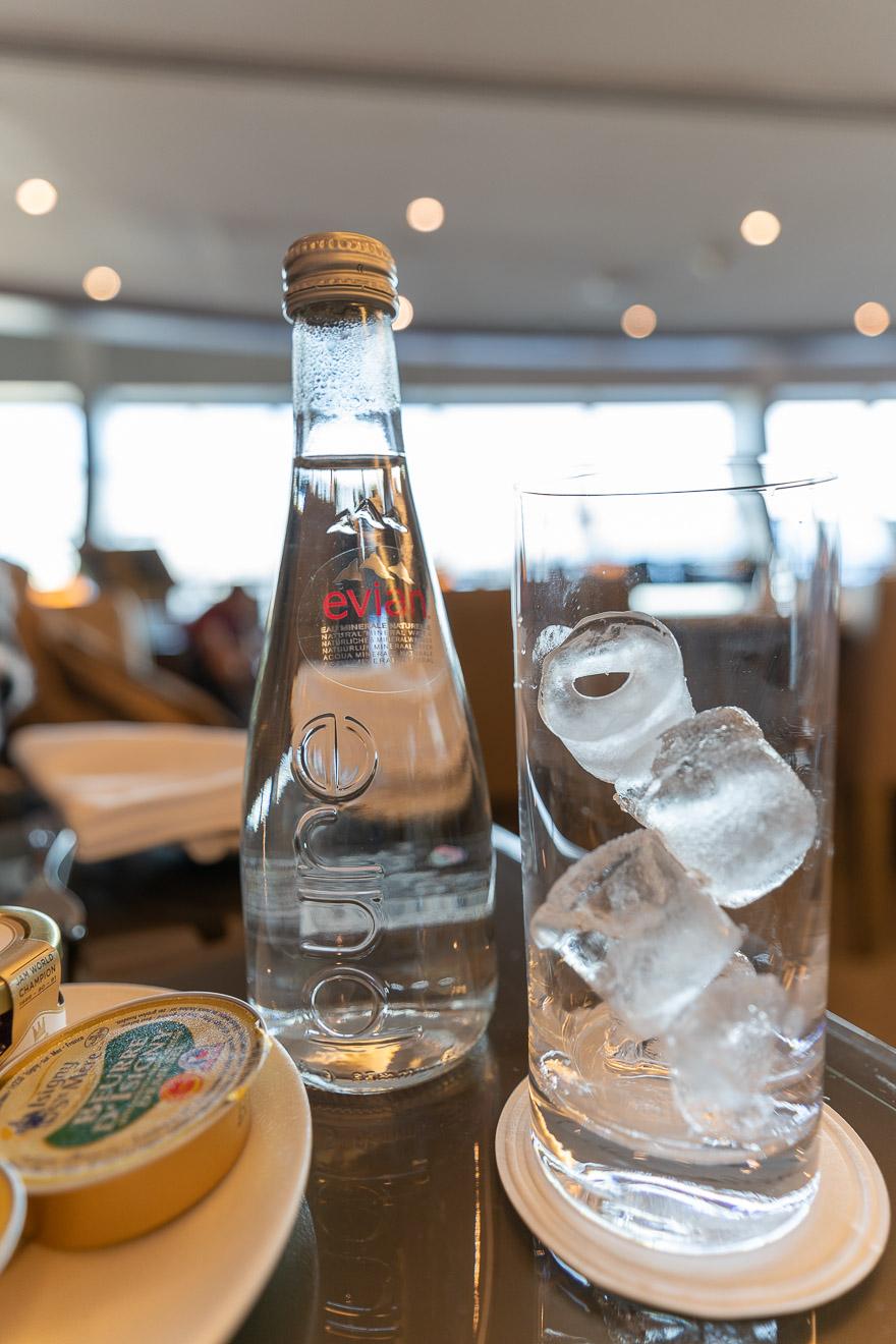 EK F lounge C gates 7 - REVIEW - Emirates Lounge - Dubai (DXB) - C Concourse