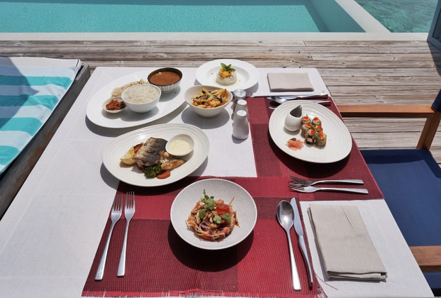 amilla room service lunch 880x595 - REVIEW - Amilla : Sunset Water Pool Villa