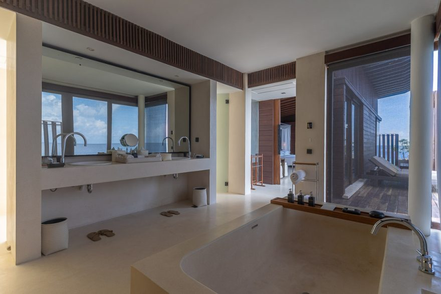 PH Maldives 110 880x587 - REVIEW - Park Hyatt Maldives