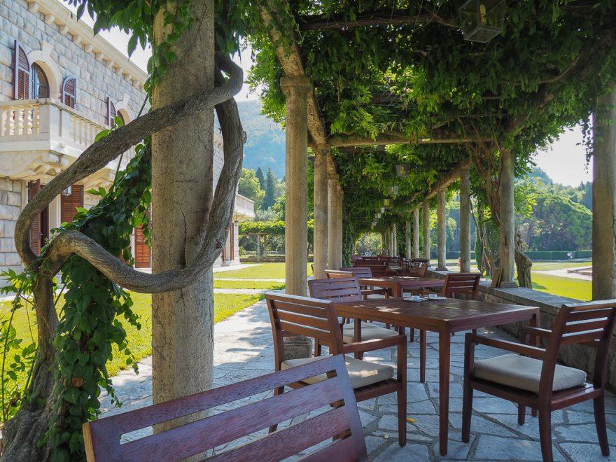 Aman Sveti Stefan 61 880x660 - REVIEW - Aman Sveti Stefan (Montenegro)