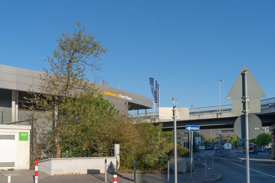 LH FCT 4 880x587 - REVIEW - Lufthansa First Class Terminal - Frankfurt (FRA)